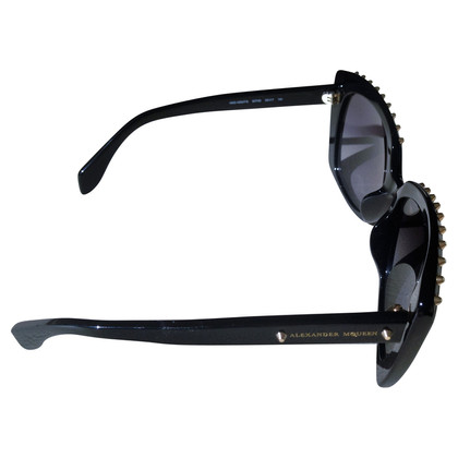 Alexander McQueen Oversize sunglasses with rivets