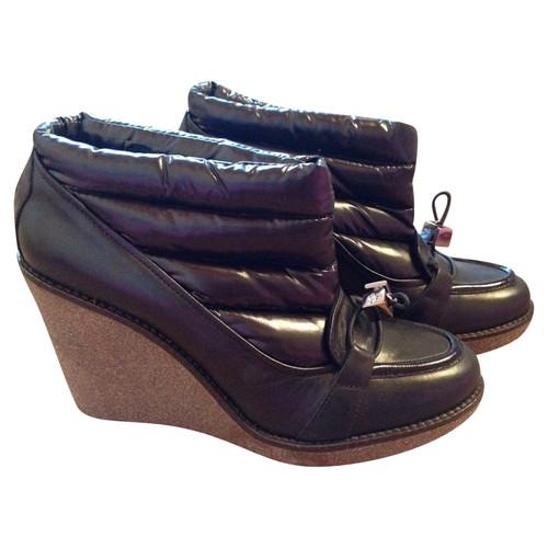 5b4f625573e MonclerMoncler Colette schoenen- Second-handMonclerMoncler Colette ...