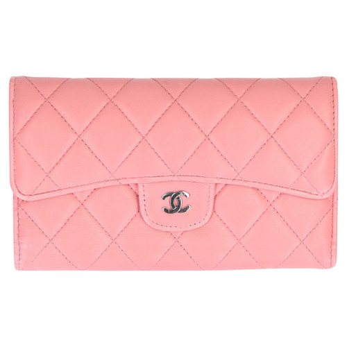 0449dc9d63e8 Chanel Bag/Purse Leather in Pink - Second Hand Chanel Bag/Purse ...