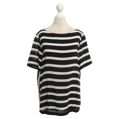 Marc Cain T-shirt in Nero / Bianco