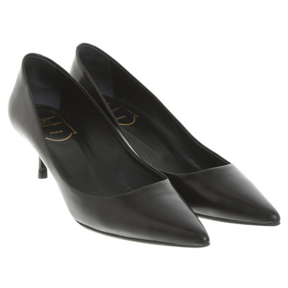 Roger Vivier Leather-pumps in black