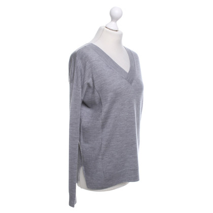 Bloom Sweater in grey