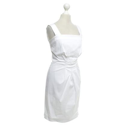 Max Mara Getailleerde jurk in het wit