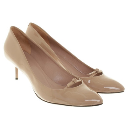 Gucci Lackleder Pumps in Nude