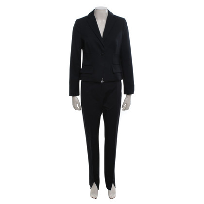 Schumacher Suit in black