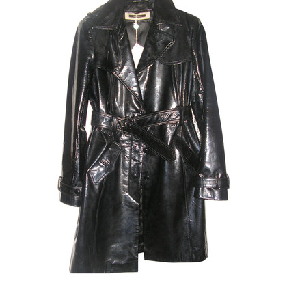 Tara Jarmon Leather coat