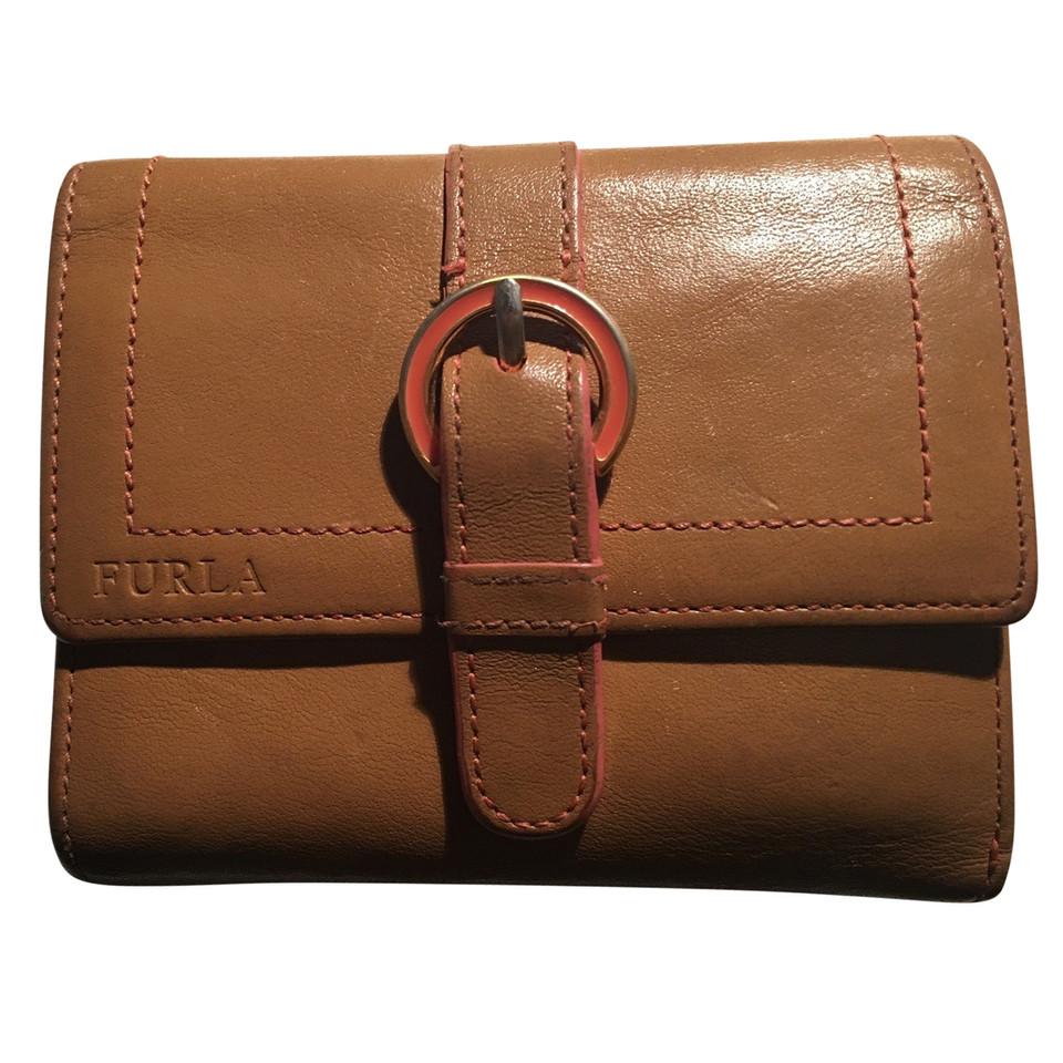 furla brieftasche second hand furla brieftasche gebraucht kaufen f r 40 00 1786447. Black Bedroom Furniture Sets. Home Design Ideas