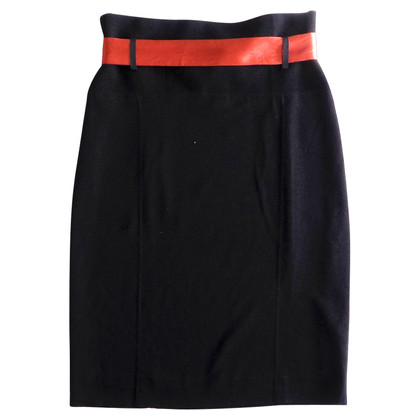 Marc Cain Knitted wool skirt with belt