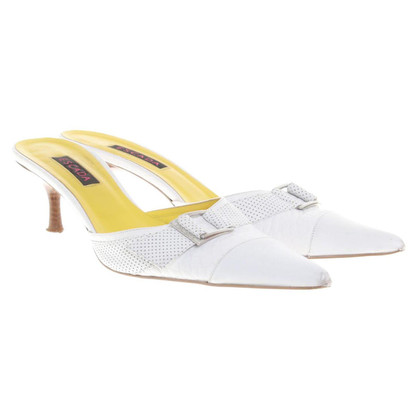 Escada Sling-pumps in white