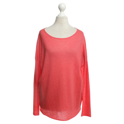 Juvia Cashmere sweater in coral red