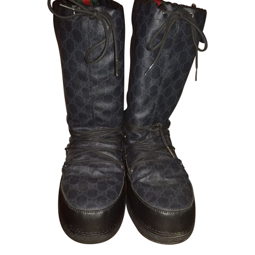 Gucci Boots in Black - Second Hand Gucci Boots in Black buy used for ... 0f9b2485f3be