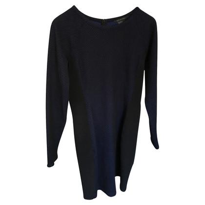 Armani Langarm-Kleid