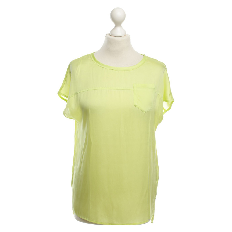 marc cain lightweight t shirt in light green buy second. Black Bedroom Furniture Sets. Home Design Ideas