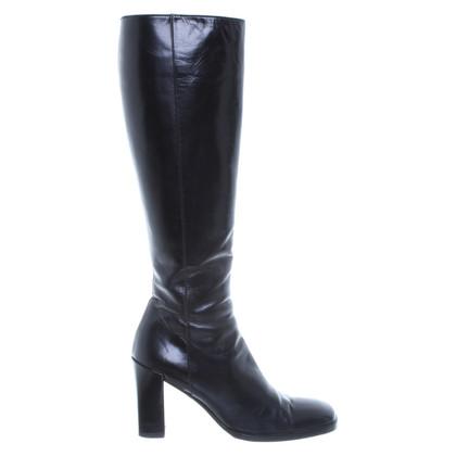 Gucci Stiefel mit eckiger Schuhspitze in Schwarz