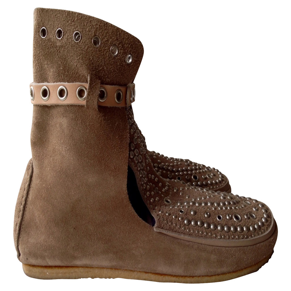 Isabel Marant Wild leather boots in taupe