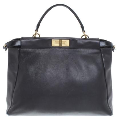 "Fendi ""Peekaboo Bag"" in zwart"