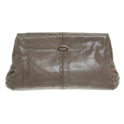 Tod's clutch in taupe