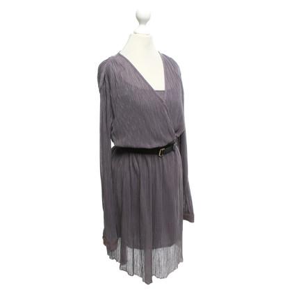 Kaviar Gauche Kleid mit Plisseefalten