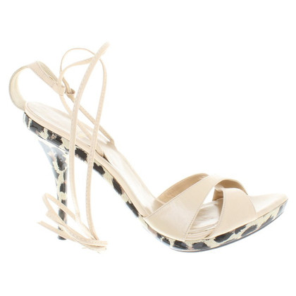 Stuart Weitzman Sandals in cream white