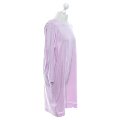 Armani Robe de soie oversize en rose