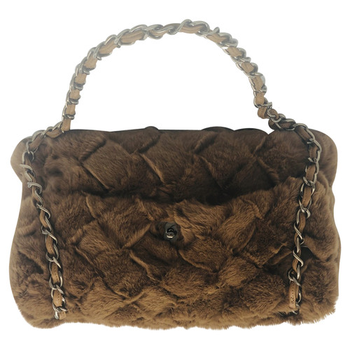 be84e1aad6d8 Chanel Flap Bag Fur in Brown - Second Hand Chanel Flap Bag Fur in ...