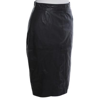 Whistles Pencil skirt in black