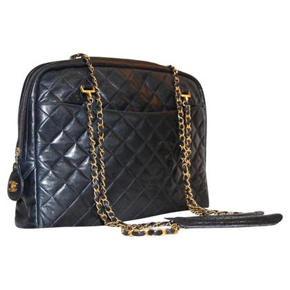 Chanel Sholderbag dark blue with Chanel chains