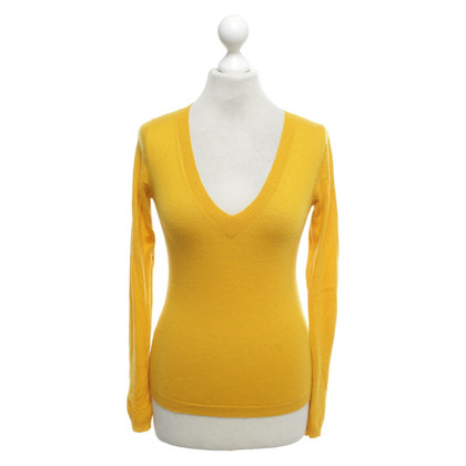 St. Emile Sweater in geel
