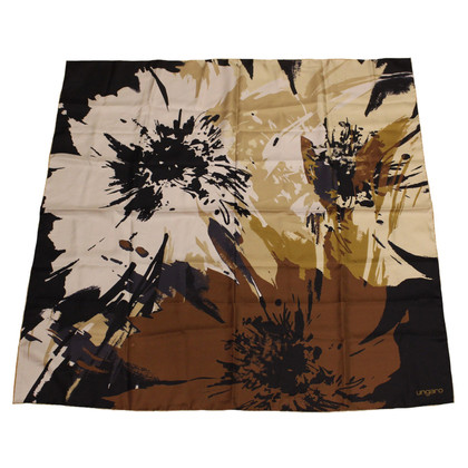 Emanuel Ungaro Silk scarf with floral pattern