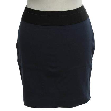 BCBG Max Azria skirt in dark blue