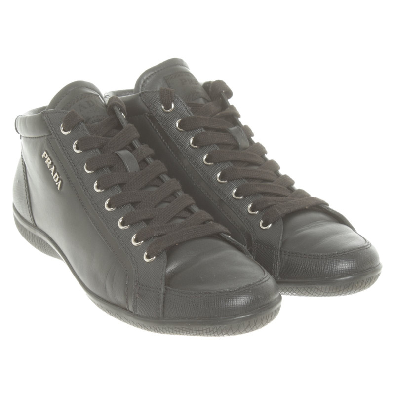 Prada Trainers Leather in Black