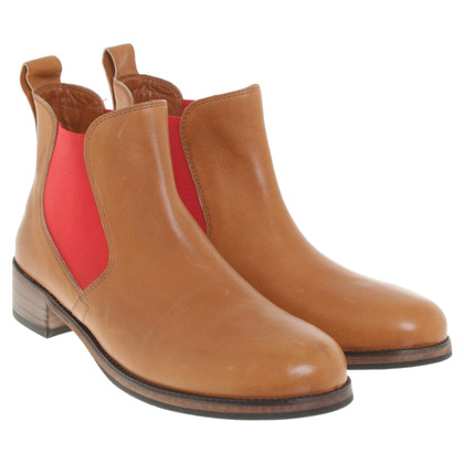 Boss Orange Chelsea boots in brown