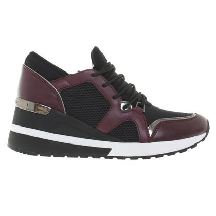 Michael Kors Pelle Scout Trim Sneaker nero / prugna 37