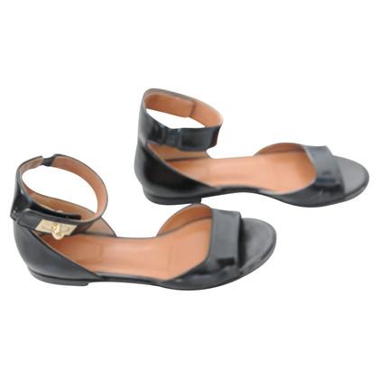 Givenchy leren sandalen