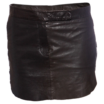 MM6 by Maison Margiela Jupe en cuir noir