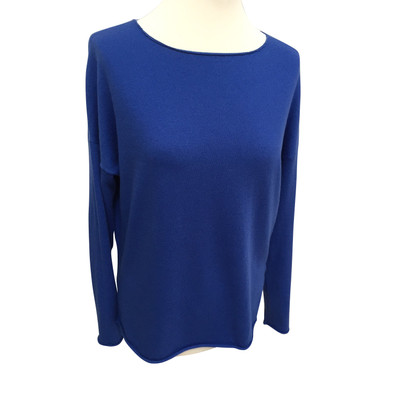 Allude Sweater in royal blue