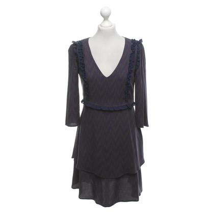 Patrizia Pepe Gemustertes Kleid mit Rüschen