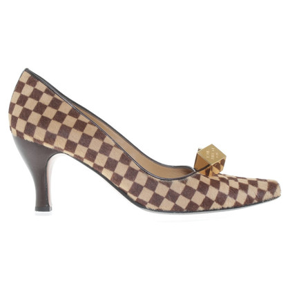 Louis Vuitton pumps avec de la fourrure de poney