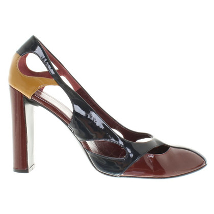 Prada pumps patent leather