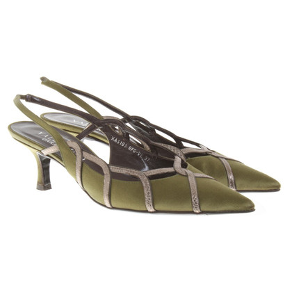 Valentino pumps in green