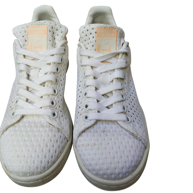 Adidas Trainers in White - Second Hand