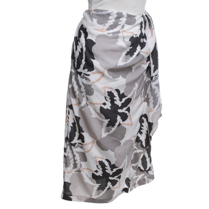 Reiss Pencil skirt with floral pattern