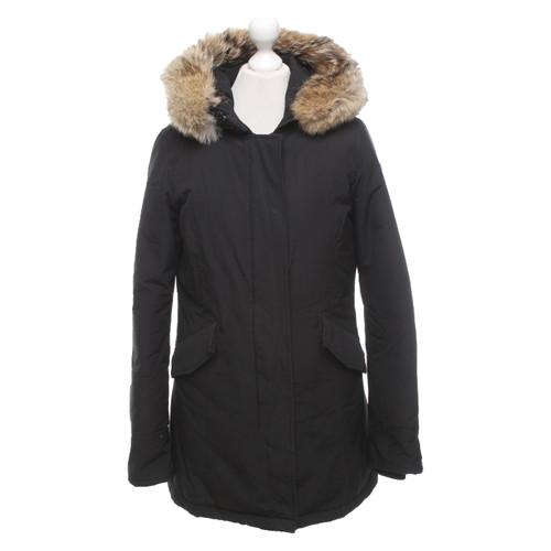sale retailer 3a20b 37bc5 Woolrich Jacket/Coat in Black - Second Hand Woolrich Jacket ...
