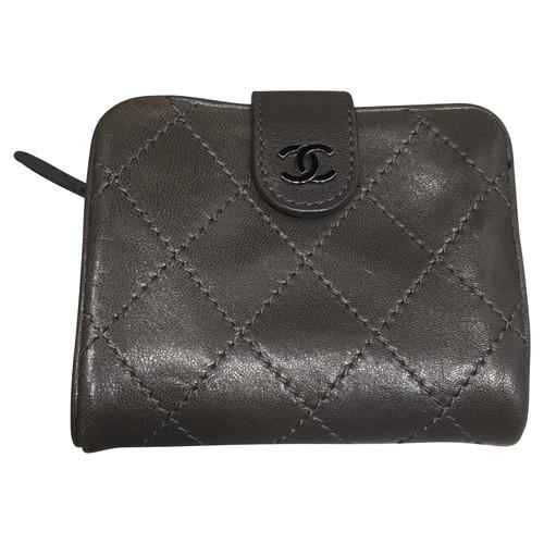 Chanel Portefeuille Chanel - Acheter Chanel Portefeuille Chanel d ... 2c7ffbd2dfb