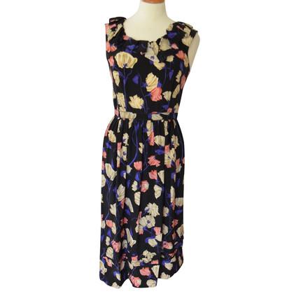 Prada Vestire con un motivo floreale