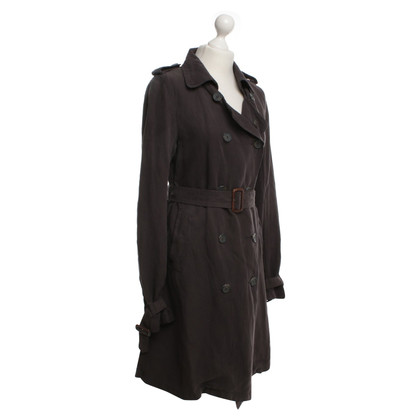 Maison Scotch Trench in marrone