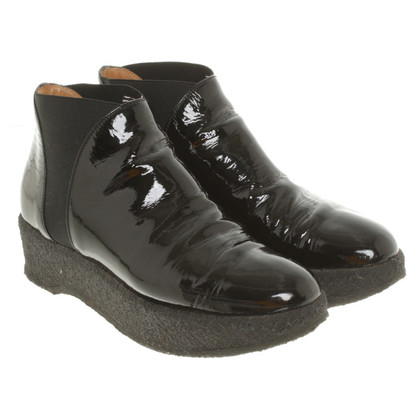 Walter Steiger Patent leather ankle boots