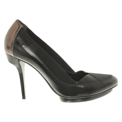 BCBG Max Azria pumps in nero/bronzo