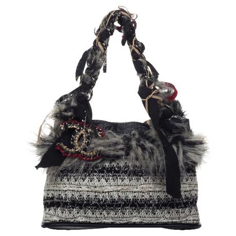 Chanel Shopper mit Webpelzbesatz Schwarz / Weiß Online-Shopping Zum Verkauf DQcgGYcC