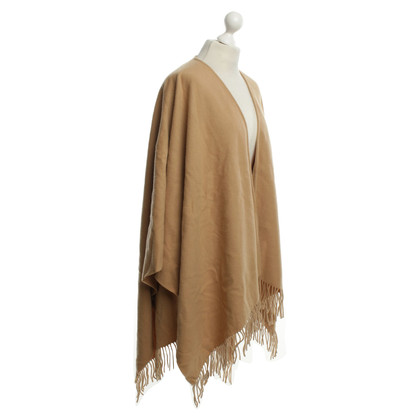 Burberry Poncho in Camel